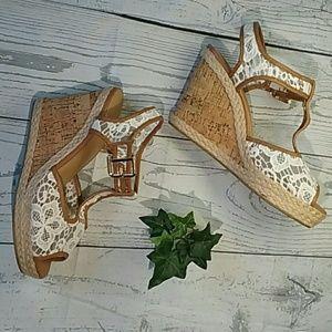 White Lace Wedge Cork Heels Sandals Womens 10W